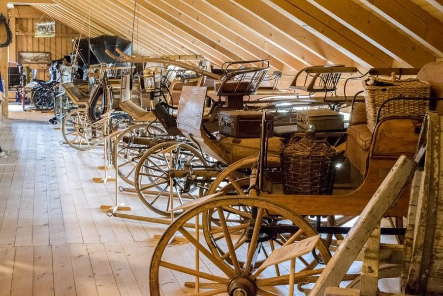 Kutschen-Wagen Museum Berghülen