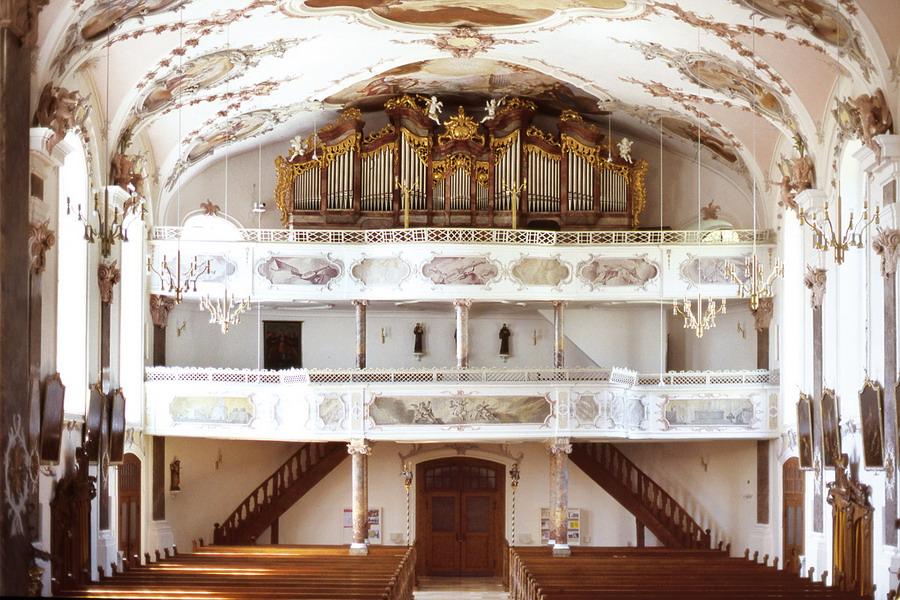 Pfarrkirche St. Martin, Erbach bedingt barrierefrei