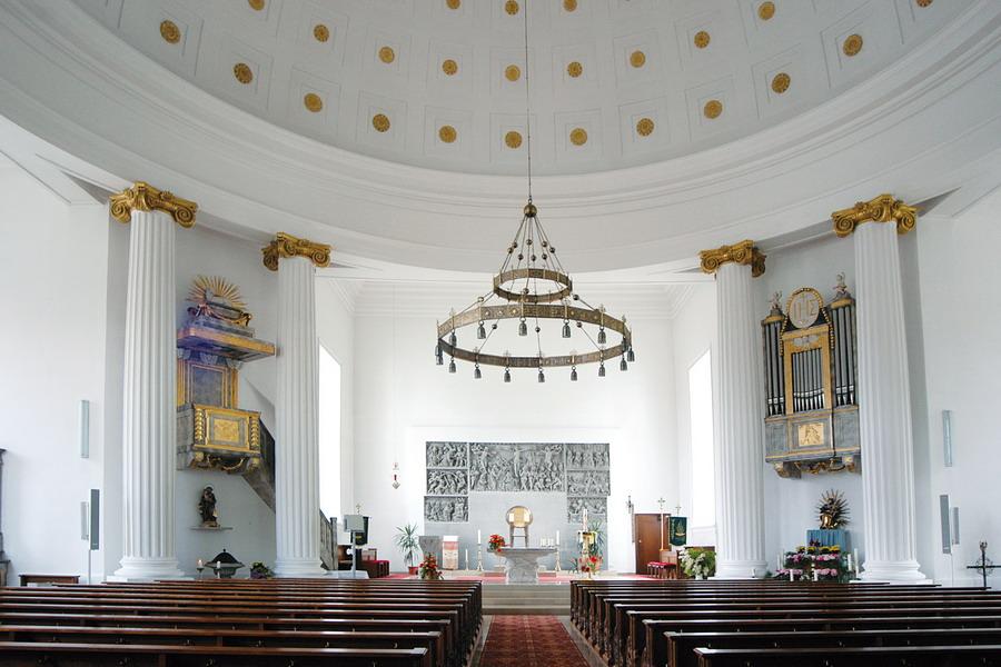 Katholische Pfarrkirche, Oberdischingen voll barrierefrei