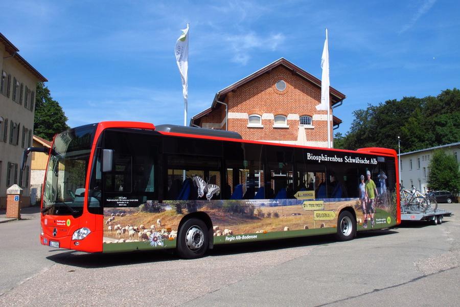 Rad-Wanderbusse & Bahnen fahren vom1. Mai bis 19. Oktober 2014